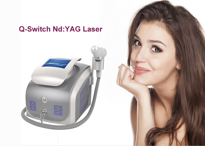 Compact Q Switched Nd Yag Laser Tattoo Removal Machine 1 - 10Hz Frequency