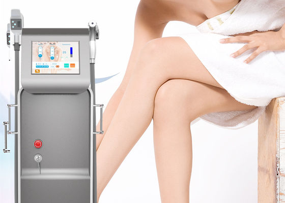 China Pain Free Laser Hair Reduction Machine , 808 Nm Diode Laser Epilation Machine factory
